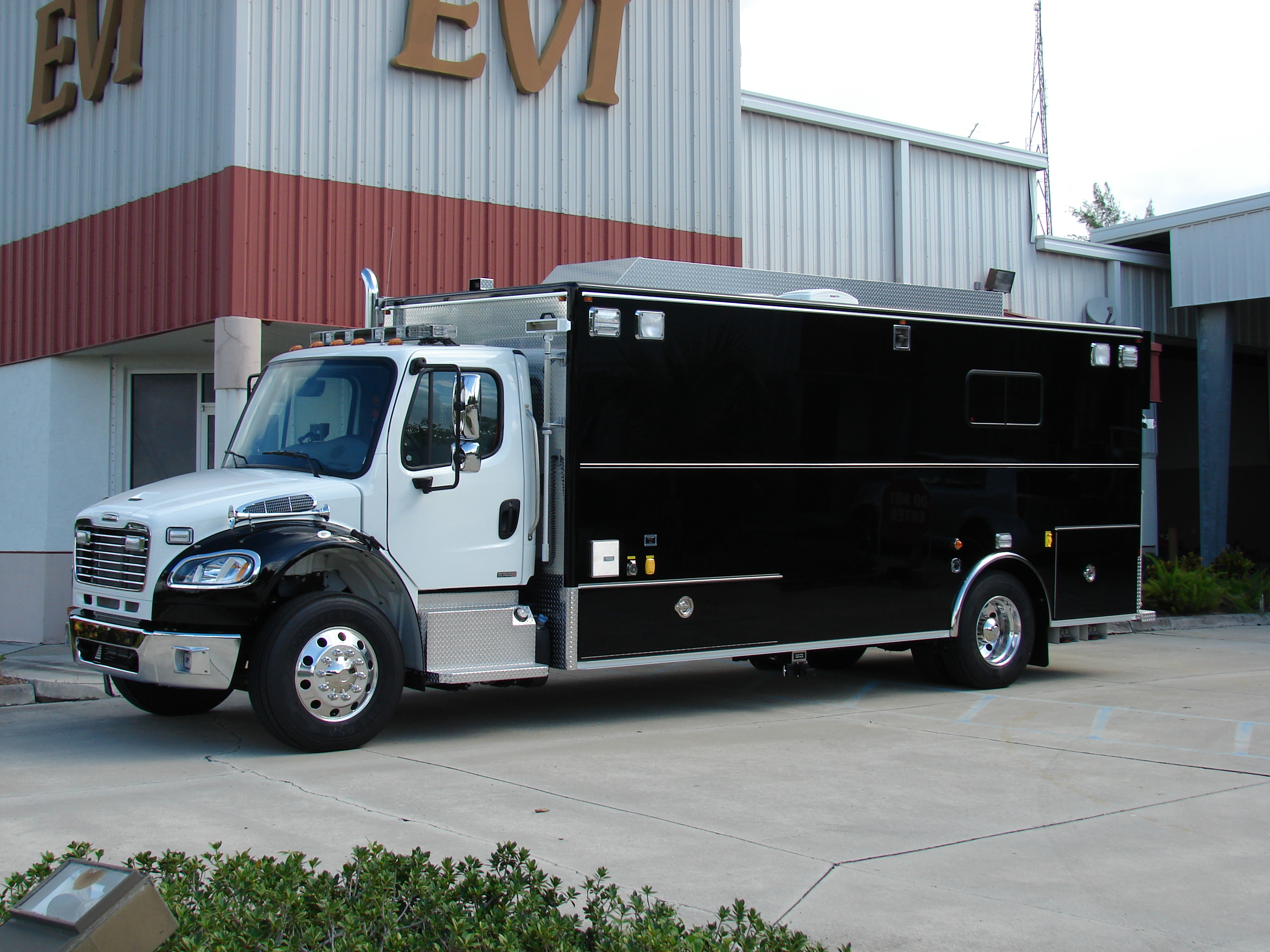 EVI Custom Command Vehicle
