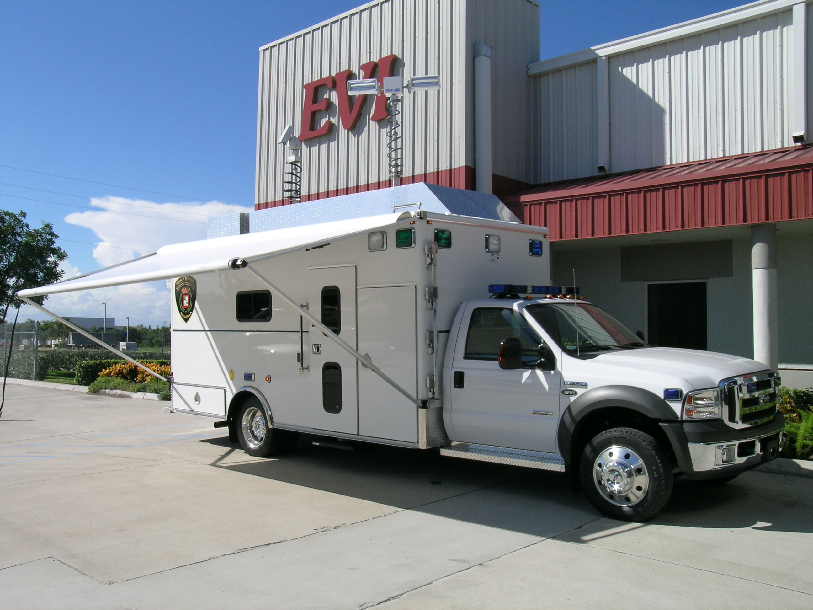 16-Ft. Command Vehicle