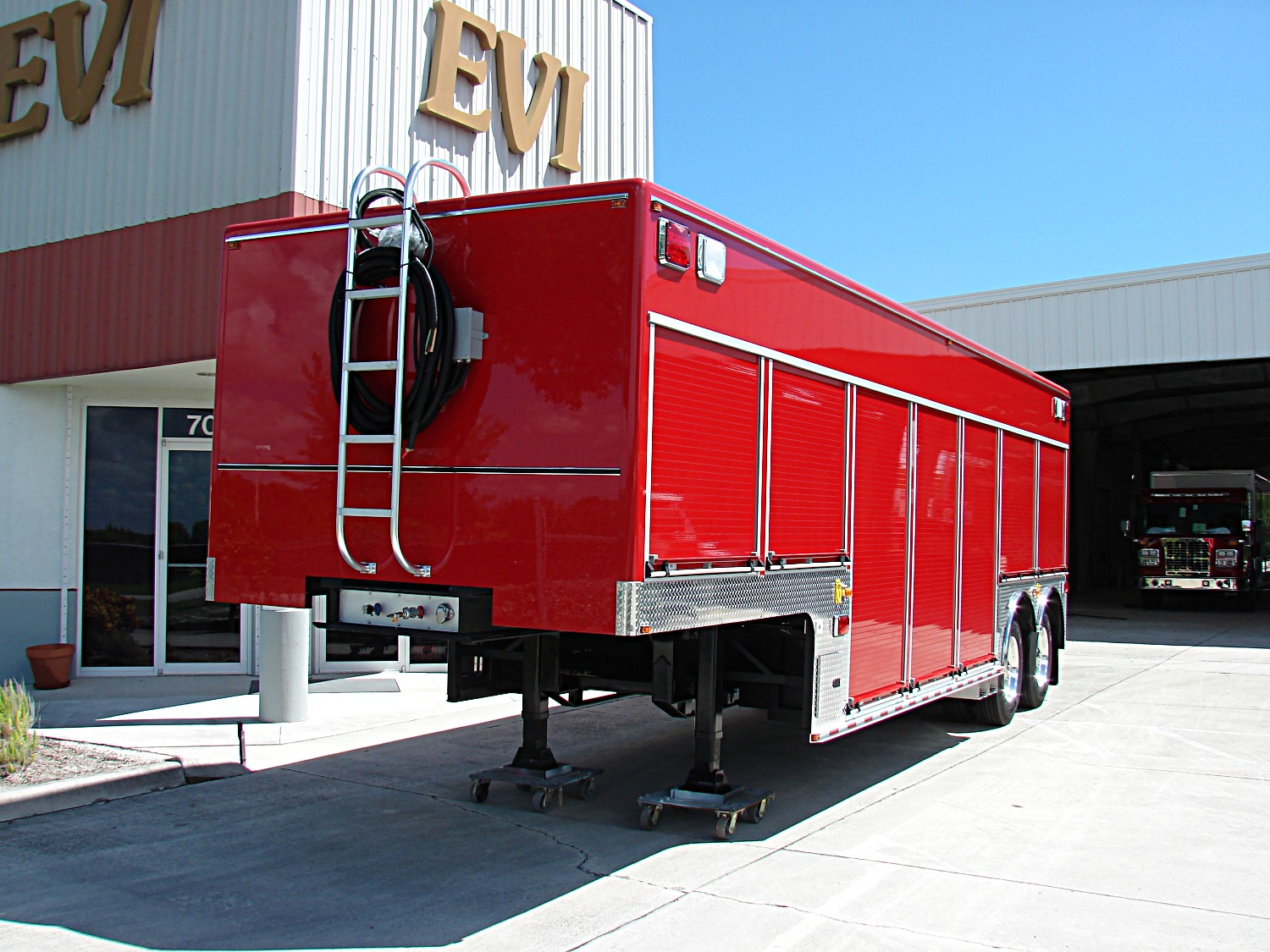 EVI 32-Ft. USAR Trailer