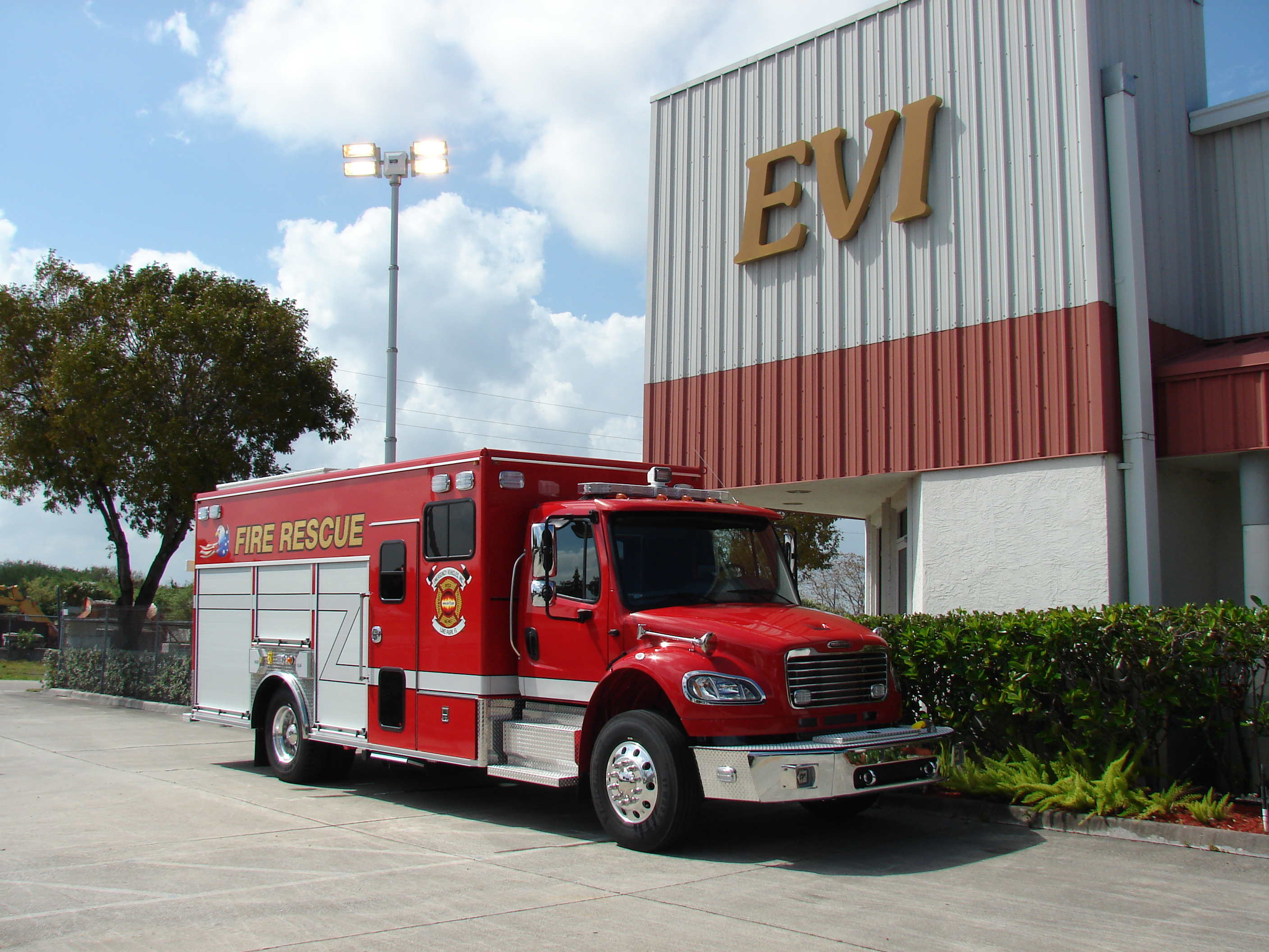 EVI 20 Ft Crew Body Rescue Pumper