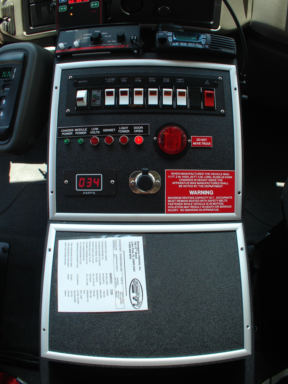 DSC0291115-Ft. Walk-In Rescue Truck