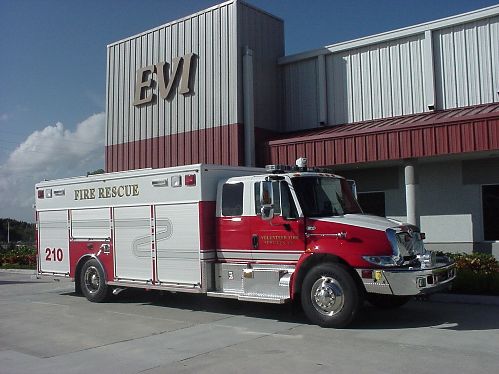 EVI 18 Ft Non-Walk-In Rescue Truck