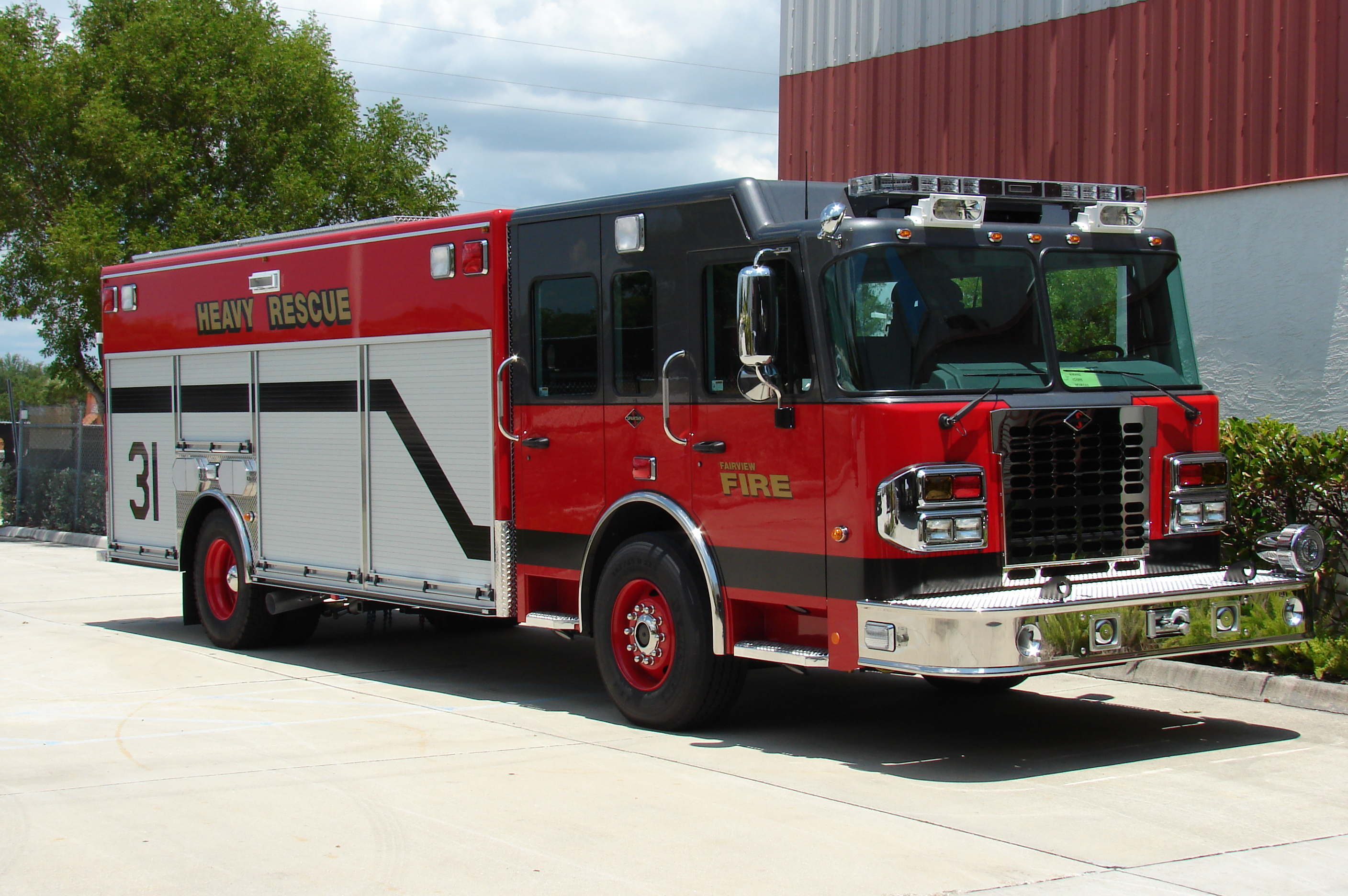 20-Ft. Non-Walk-In Rescue Truck
