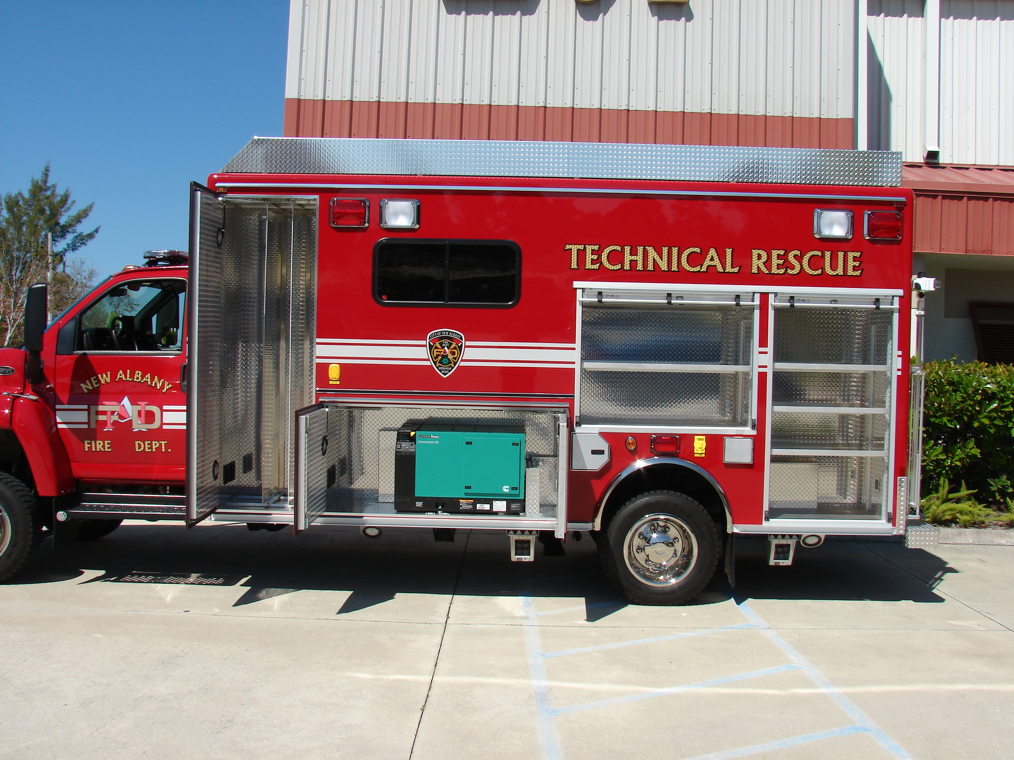 14-Ft. Walk-In Water Rope Rescue