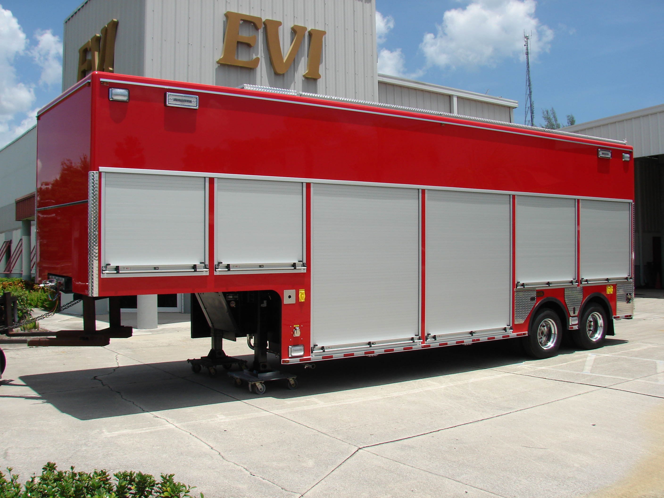 EVI 30-Ft. USAR Trailer