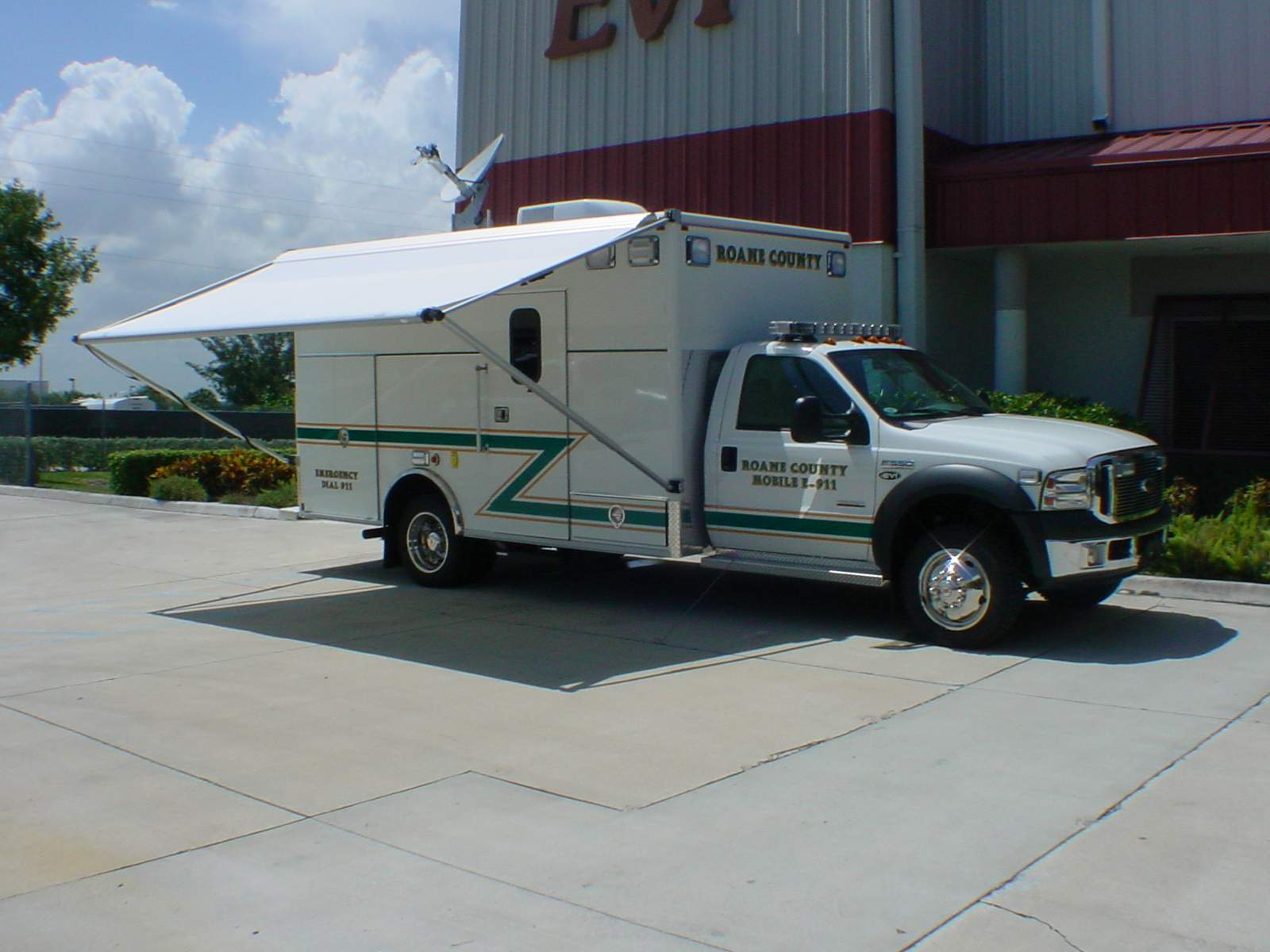 14-Ft. Command Vehicle