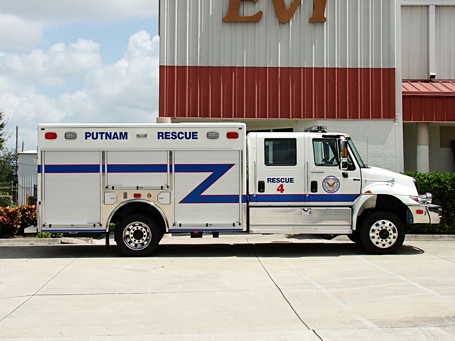 EVI Non-Walk-In Fire Rescue Truck