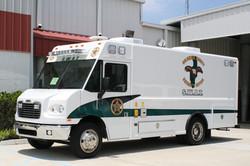18-Ft. Step Van SWAT Truck Vehicle