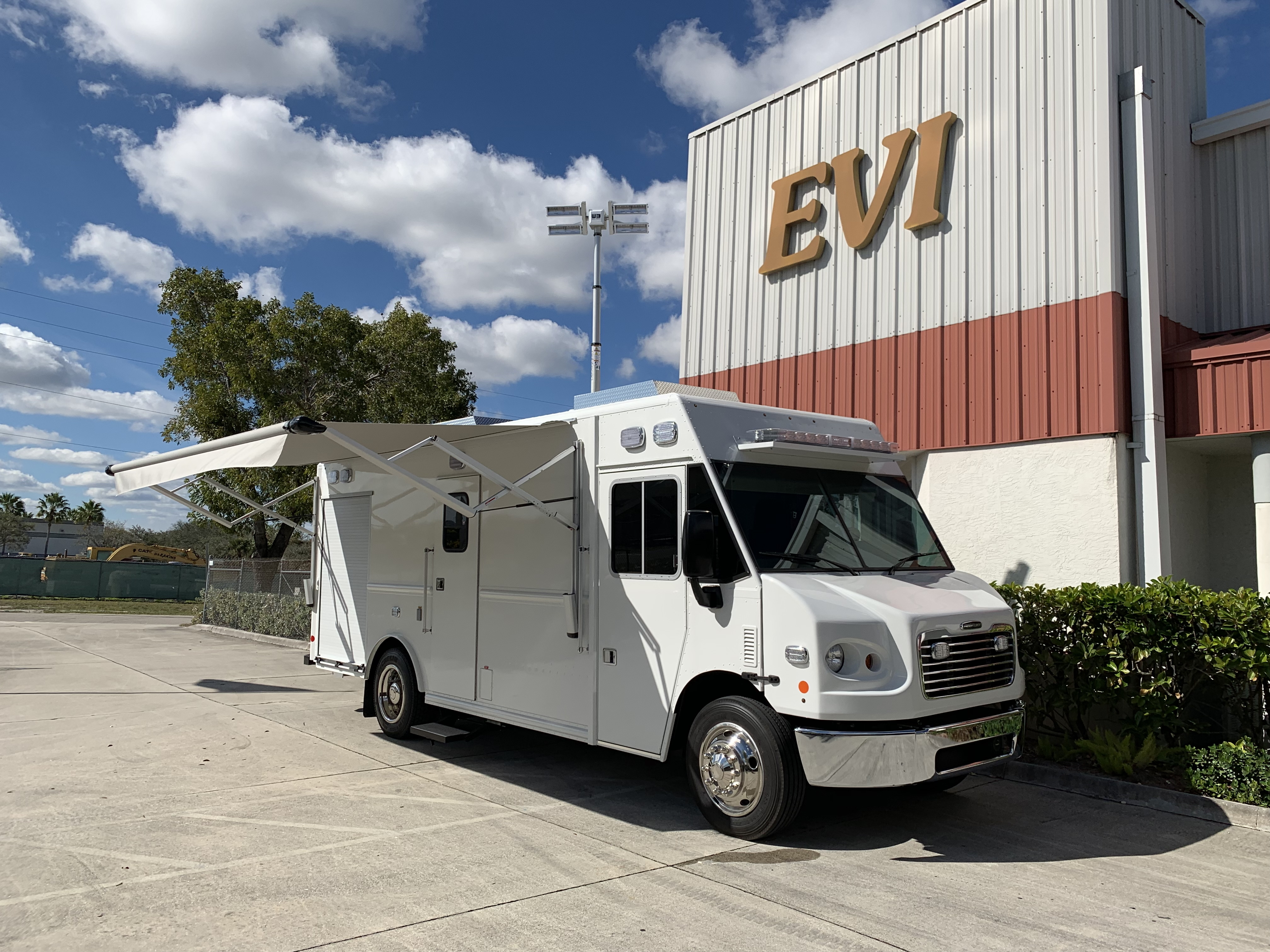 18-Ft. Multipurpose Step Van