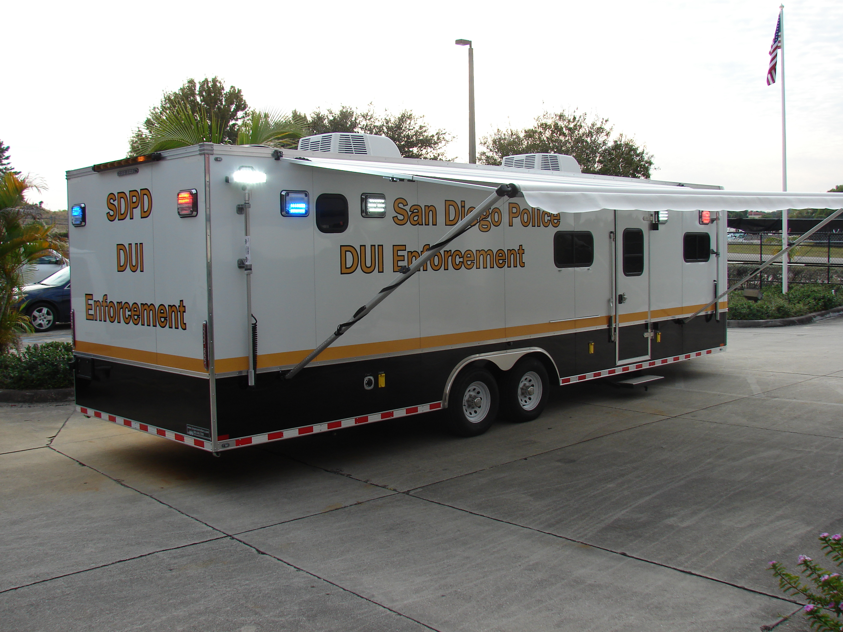 28-Ft. DUI Trailer