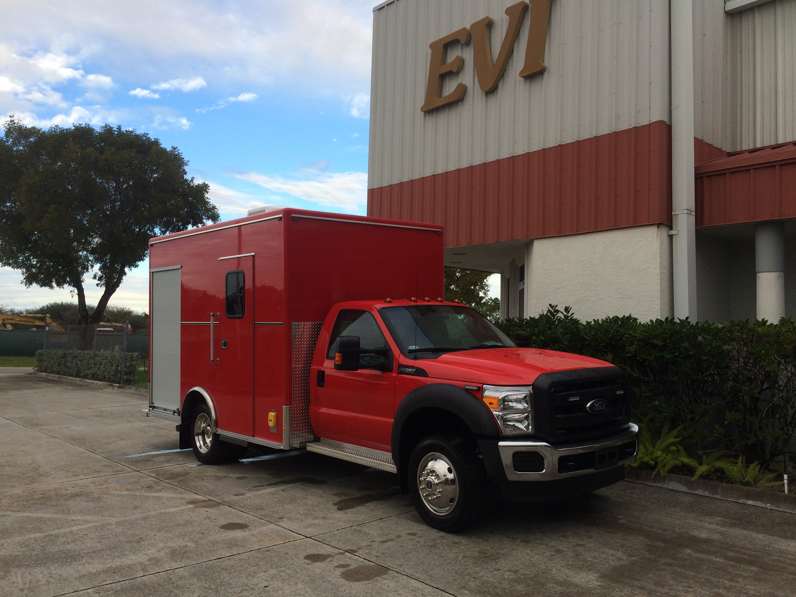 12-Ft. Walk-in Custom Rescue Truck