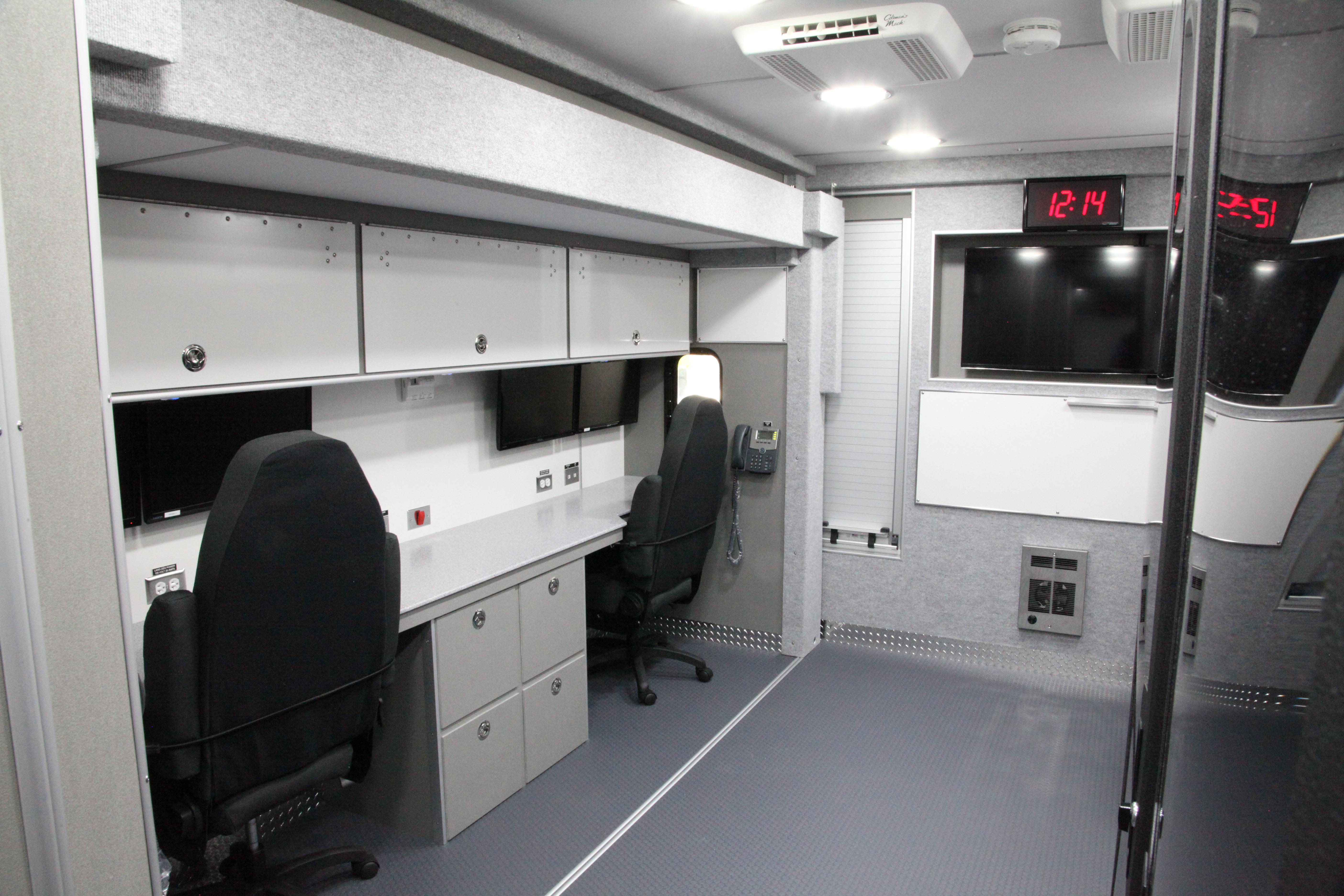 32-Ft. Mobile Command/Communication
