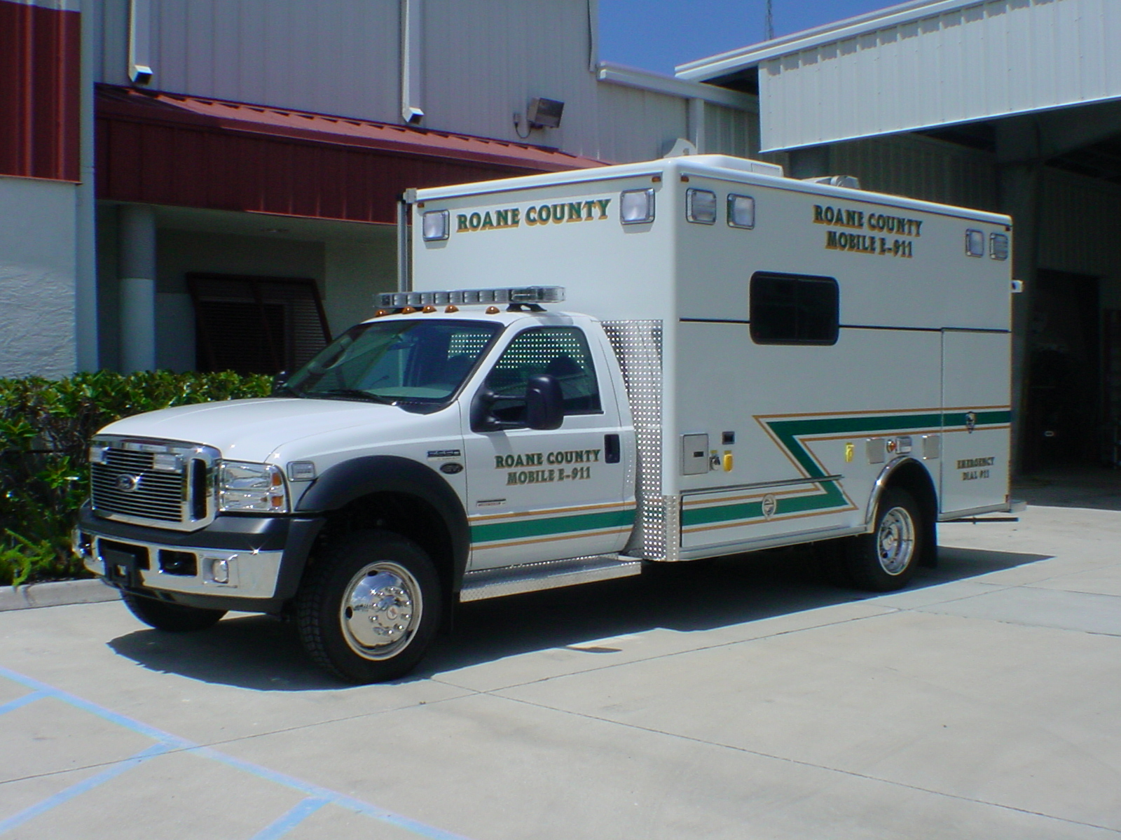 EVI 14-Ft. Command Vehicle