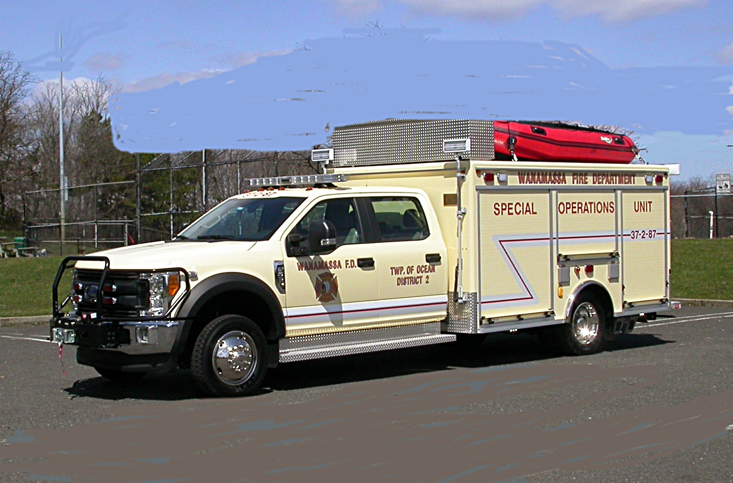 EVI 13-Ft. light Rescue Truck