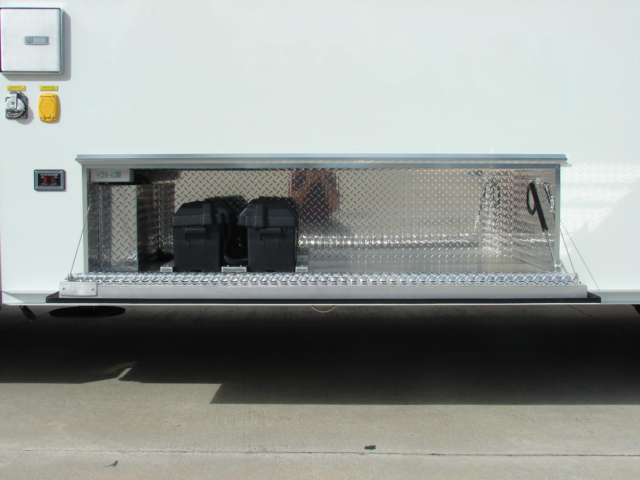 22-Ft. Tactical/SWAT Vehicle