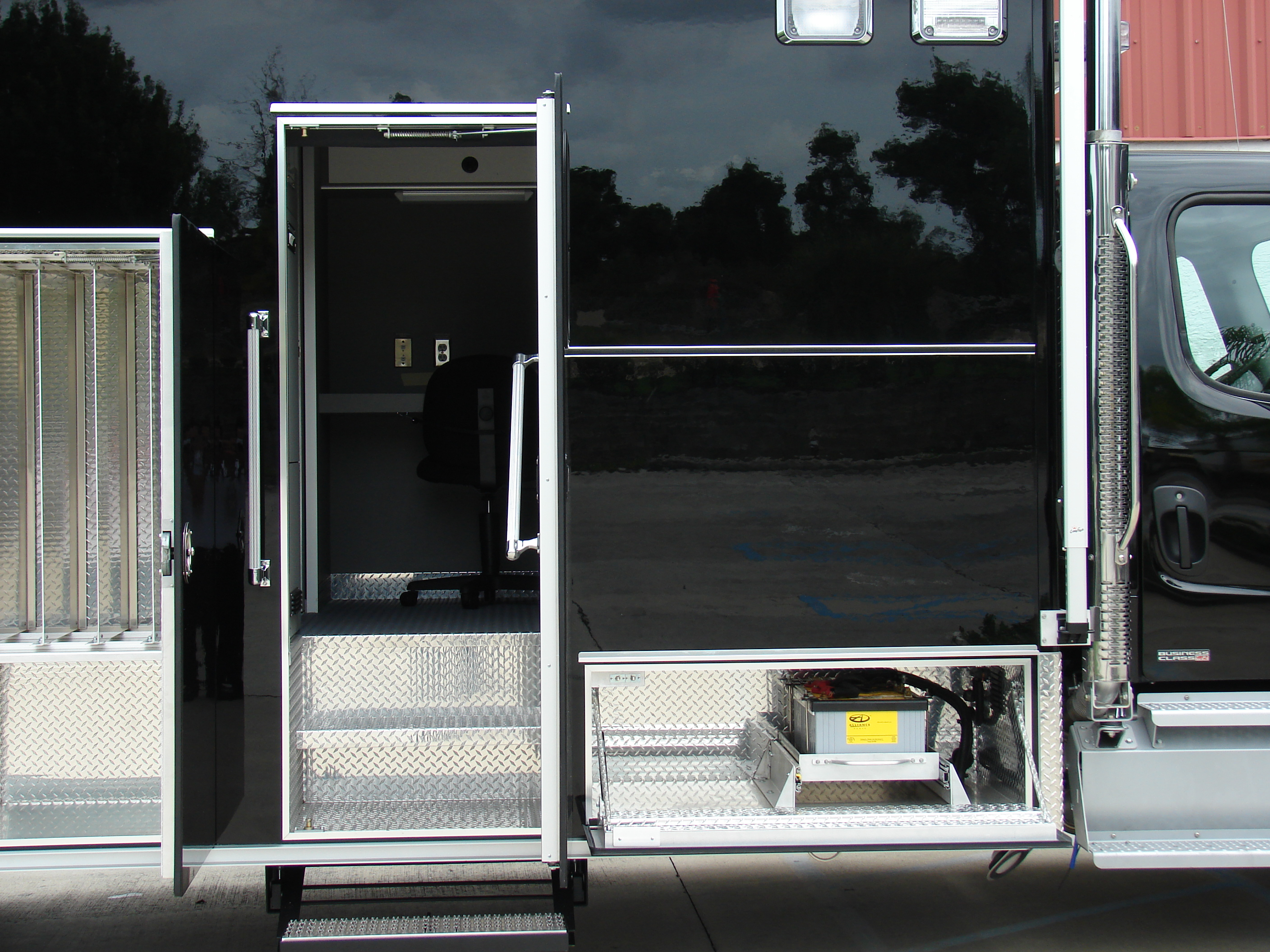 20-Ft. Command Vehicle