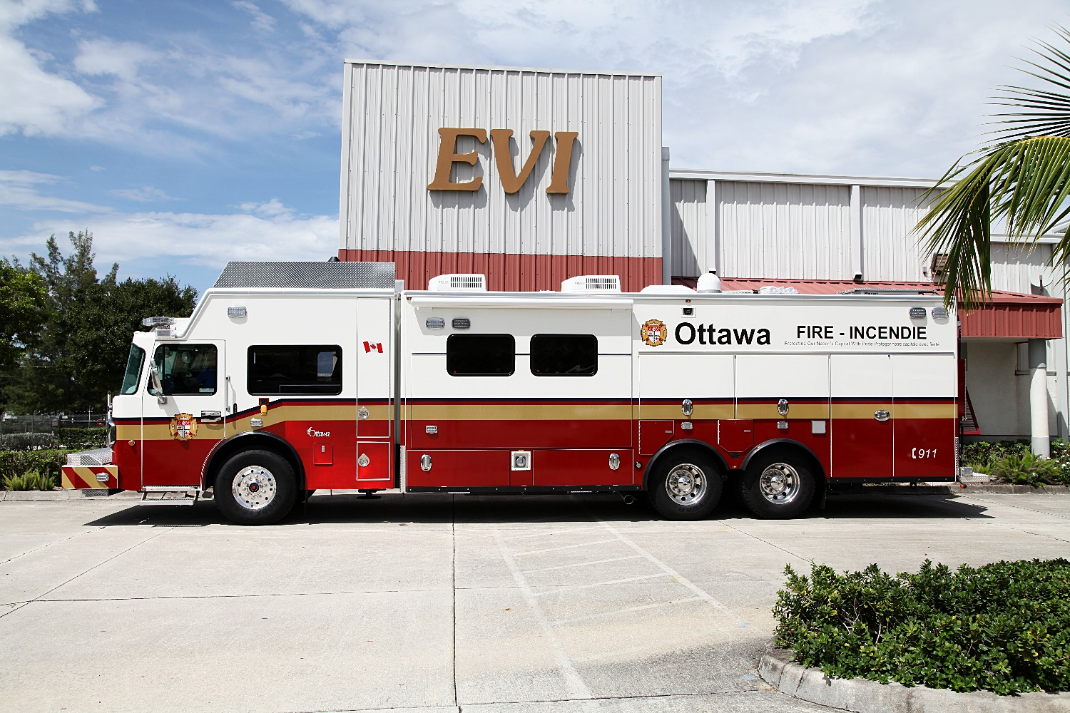 EVI 26-Ft. Walk-In Haz-Mat Vehicle