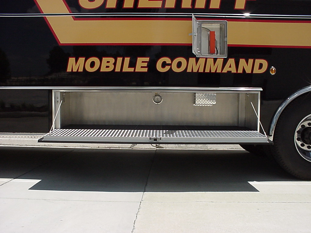 28-Ft. Tactical/Command Vehicle