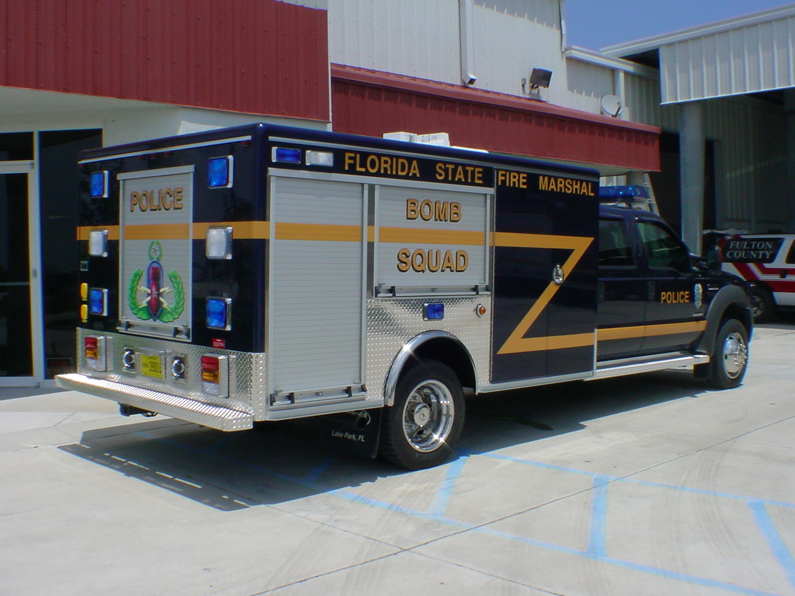 12-Ft. Non-Walk-In EOD Response Unit