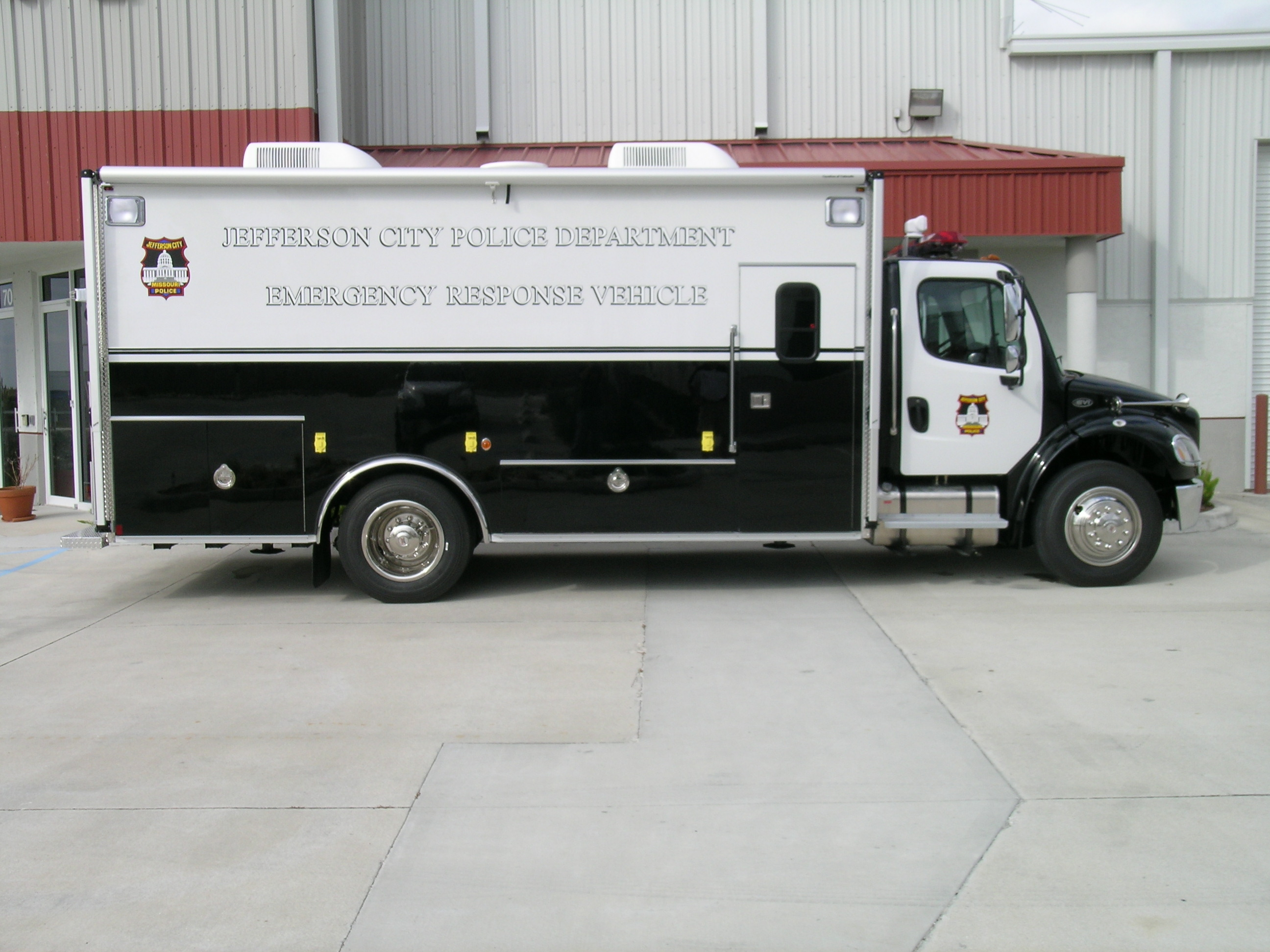 18-Ft. Emergency Response Vehicle