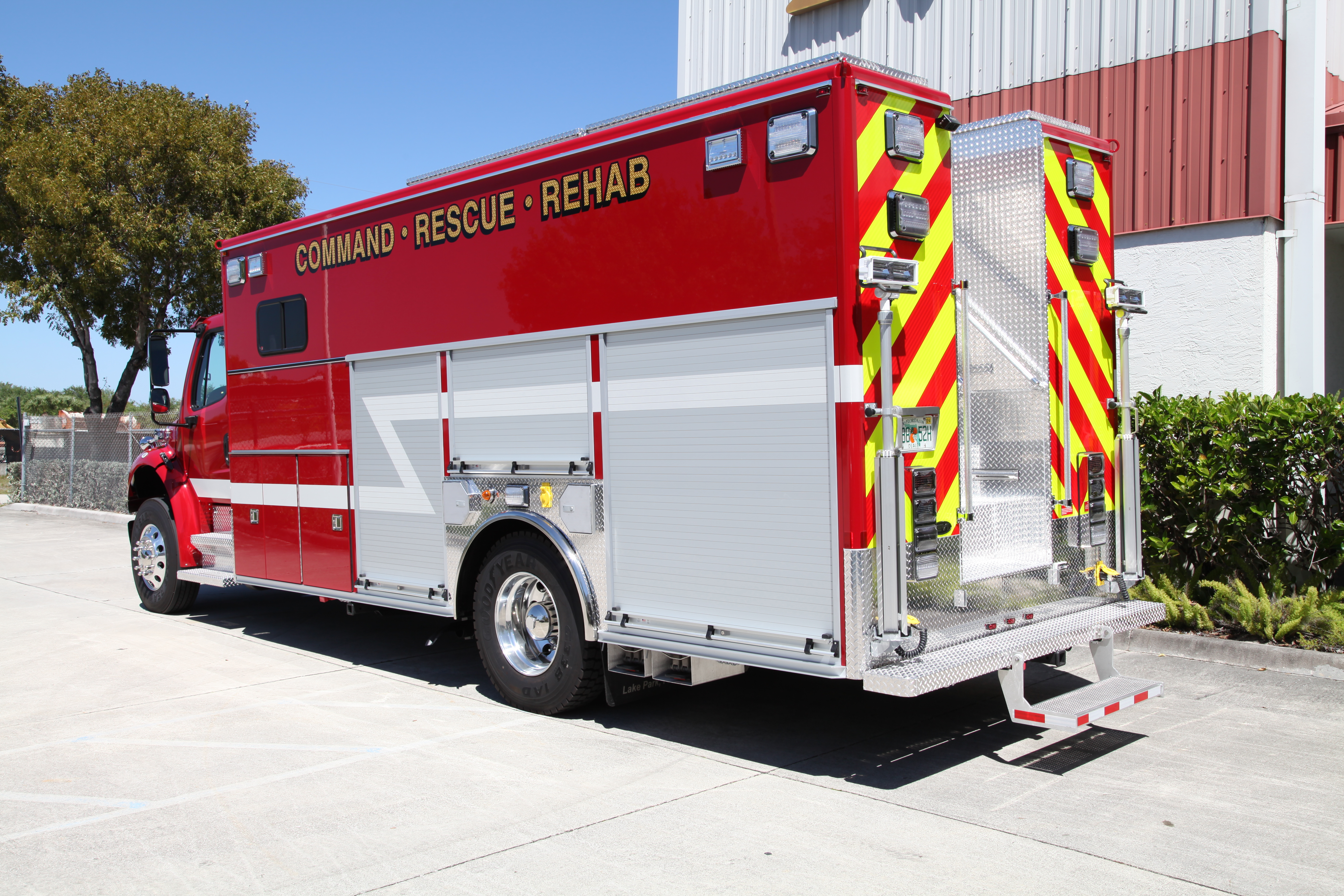 20-Ft. Crew Body Rescue Truck