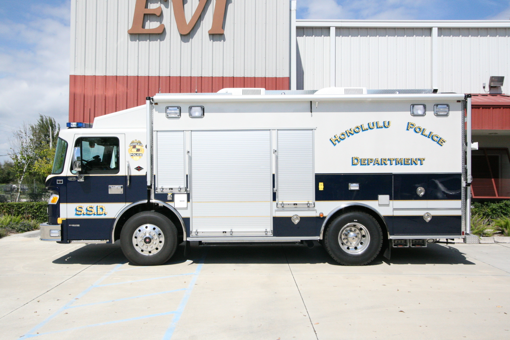 EVI custom Tactical Command Vehicle