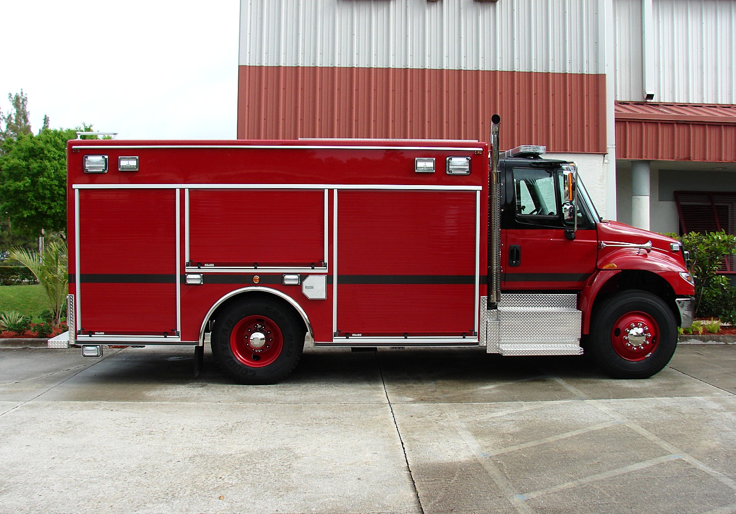 Walk around Air Light Rescue Truck