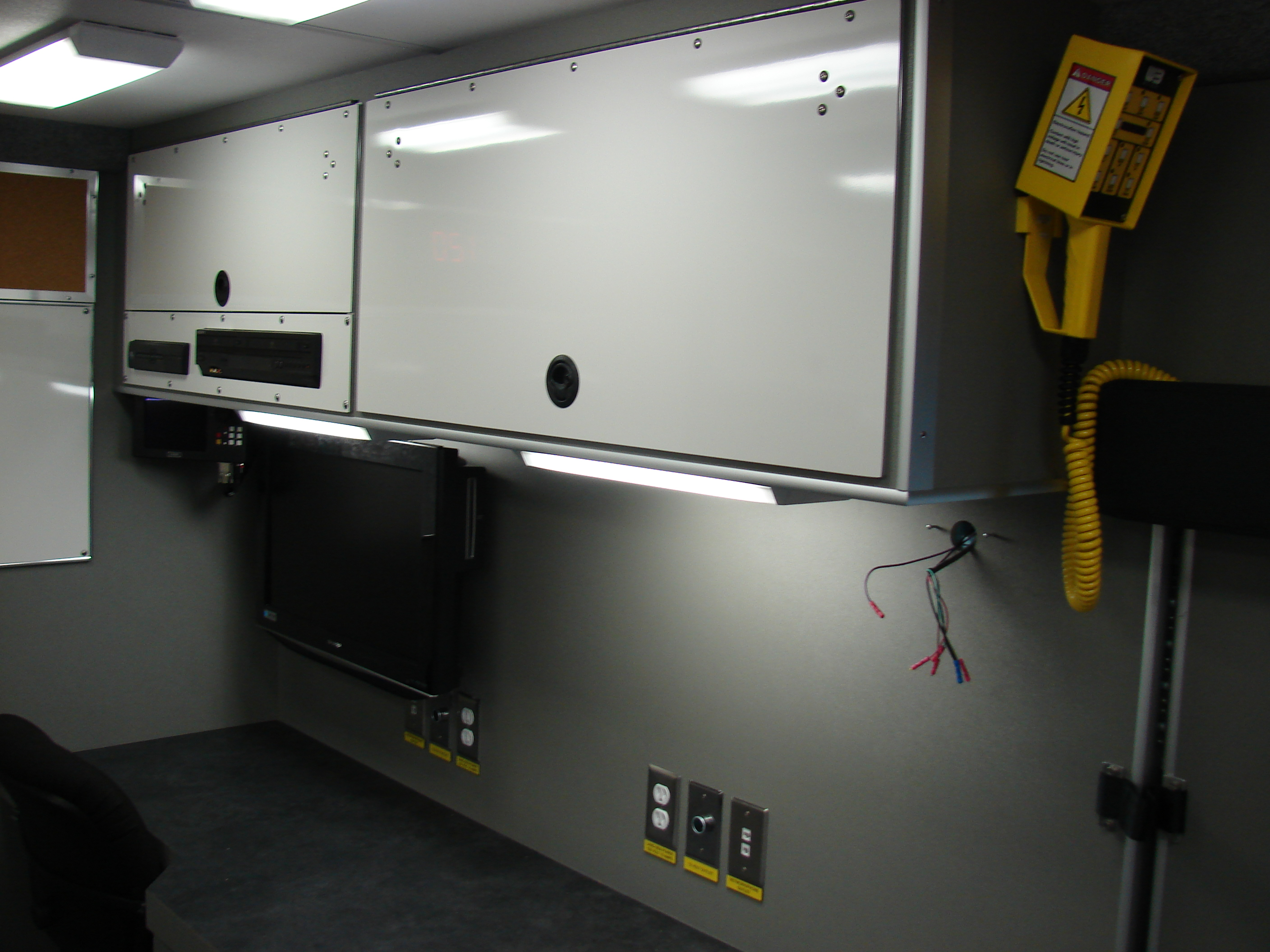 20-Ft. Walk-In Command Post Vehicle