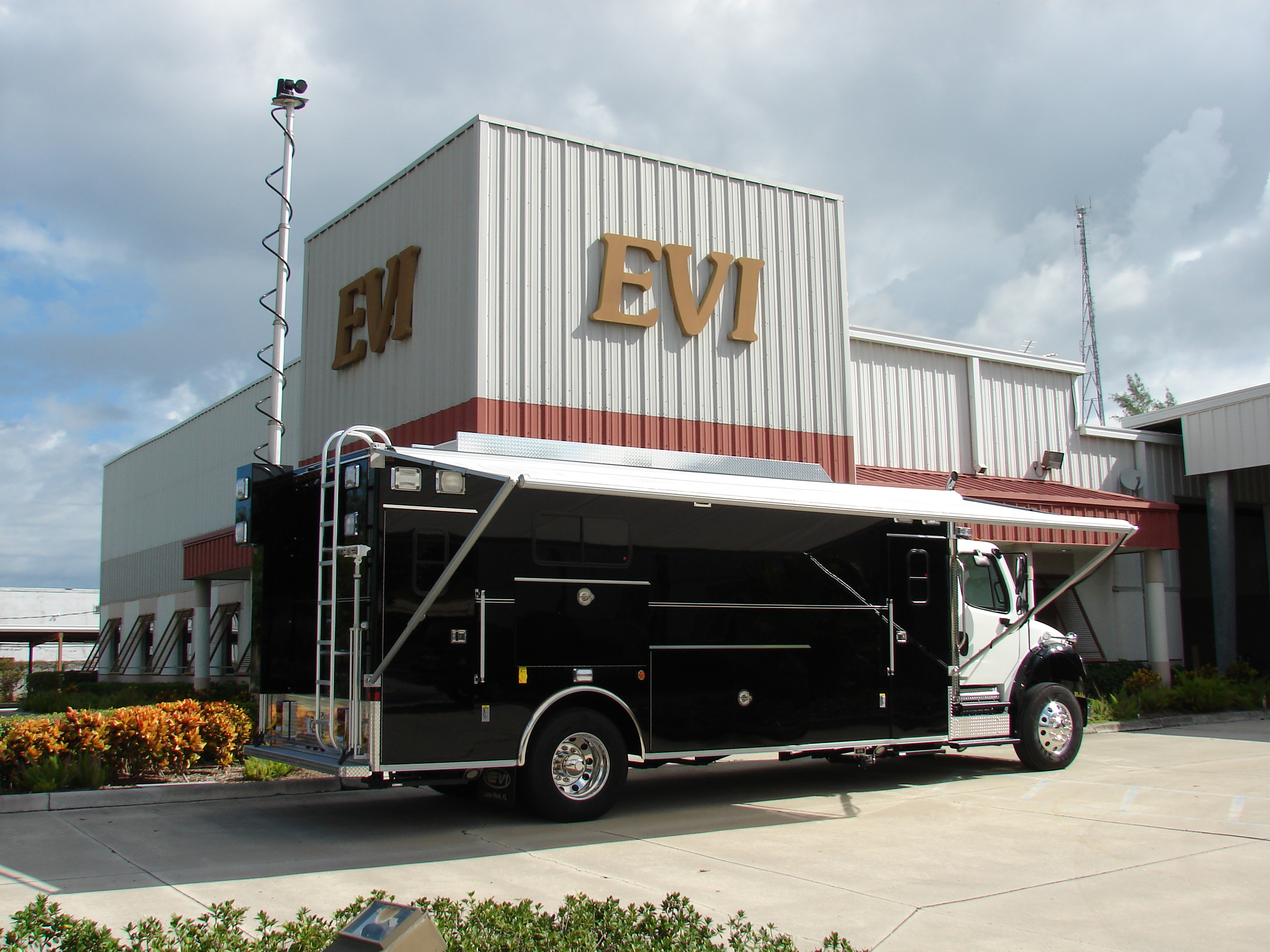 EVI 22-Ft. Command Vehicle