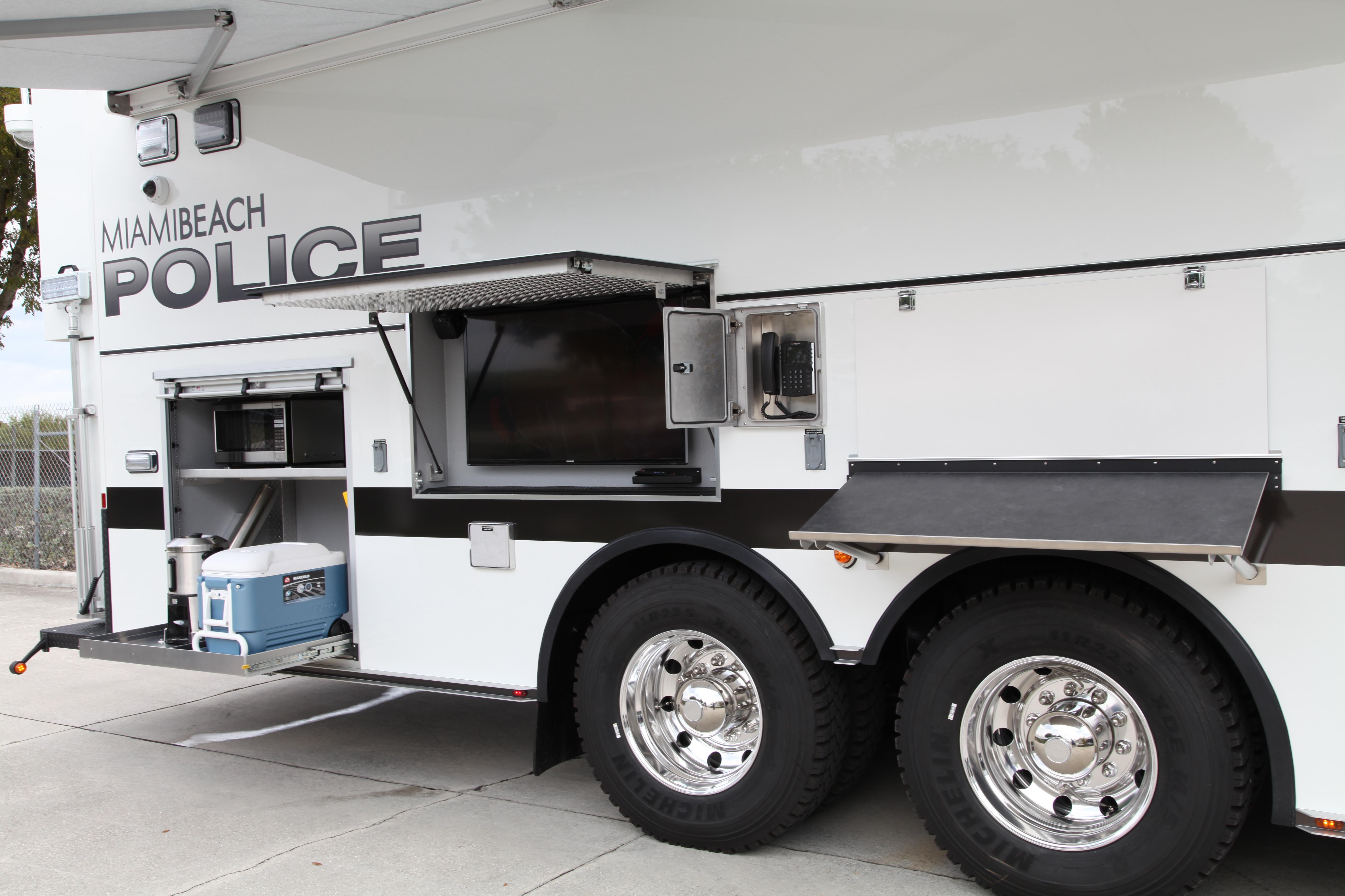 34-Ft. Command Vehicle