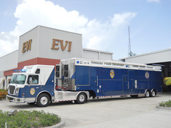 EVI 47-Ft. Command Tractor Trailer