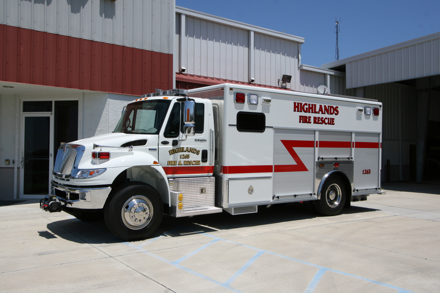 18-Ft. Crew Body Rescue Vehicle