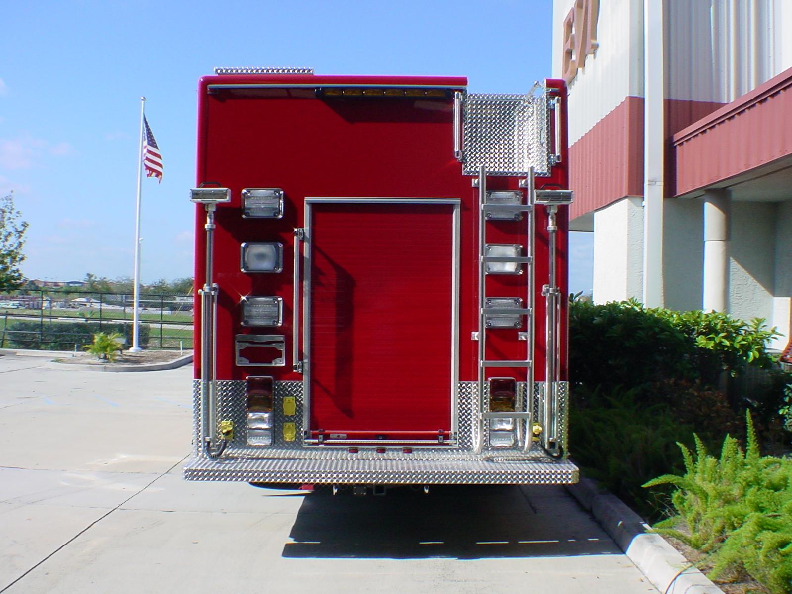 24-Ft. Non-Walk-In Heavy Duty Rescue
