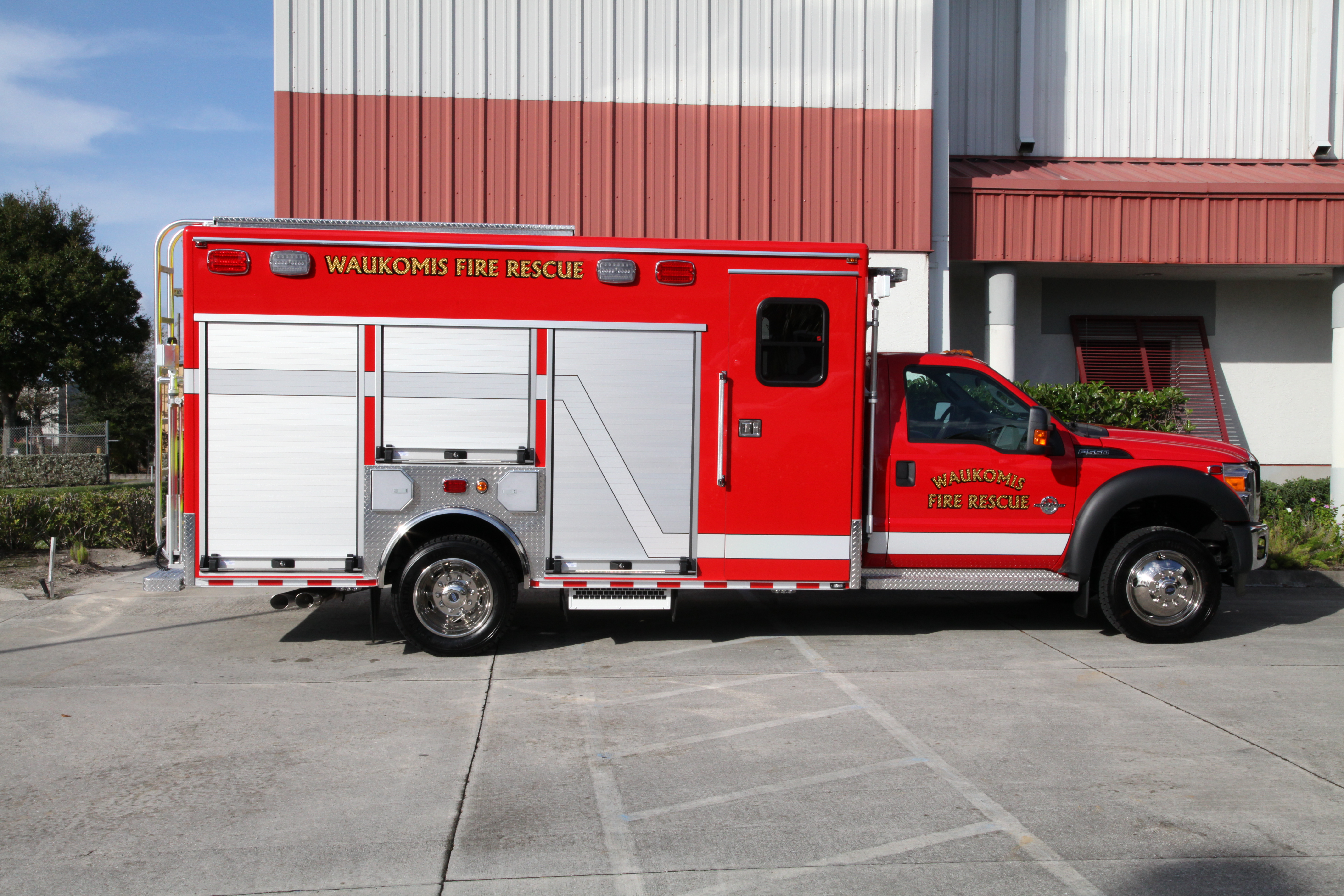14-Ft. Crew Body Rescue Truck
