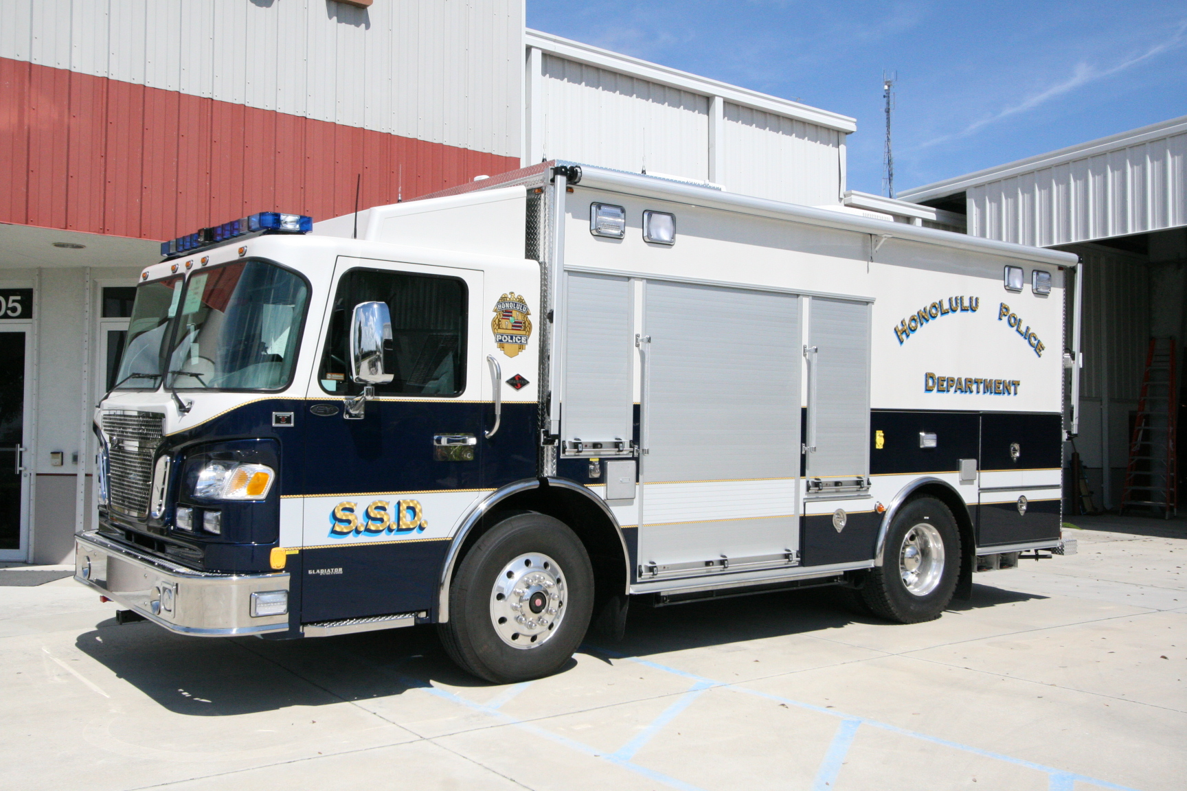 EVI Tactical Command Vehicle (TCV)