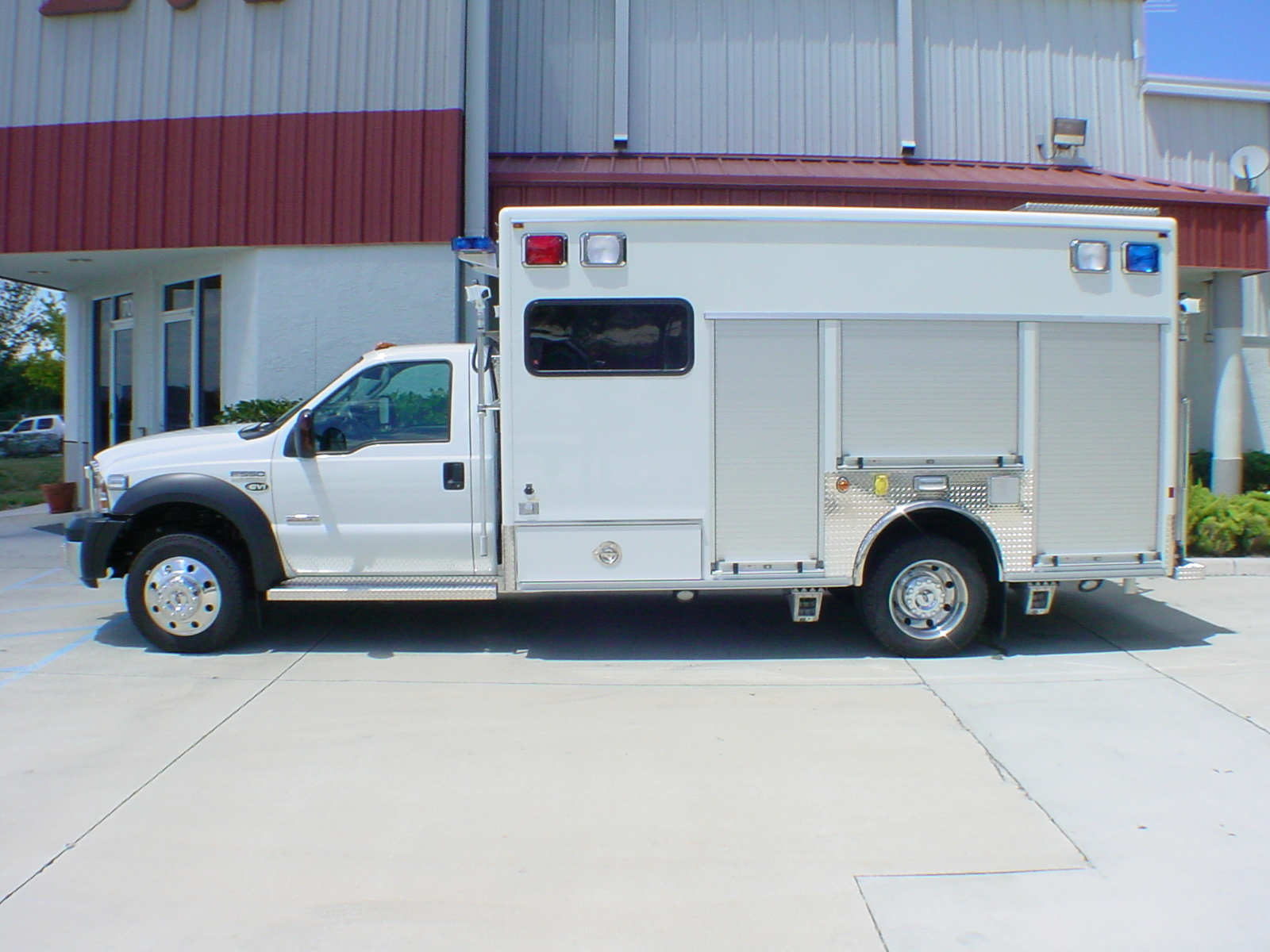 14-Ft. Crew Body Haz-Mat Vehicle