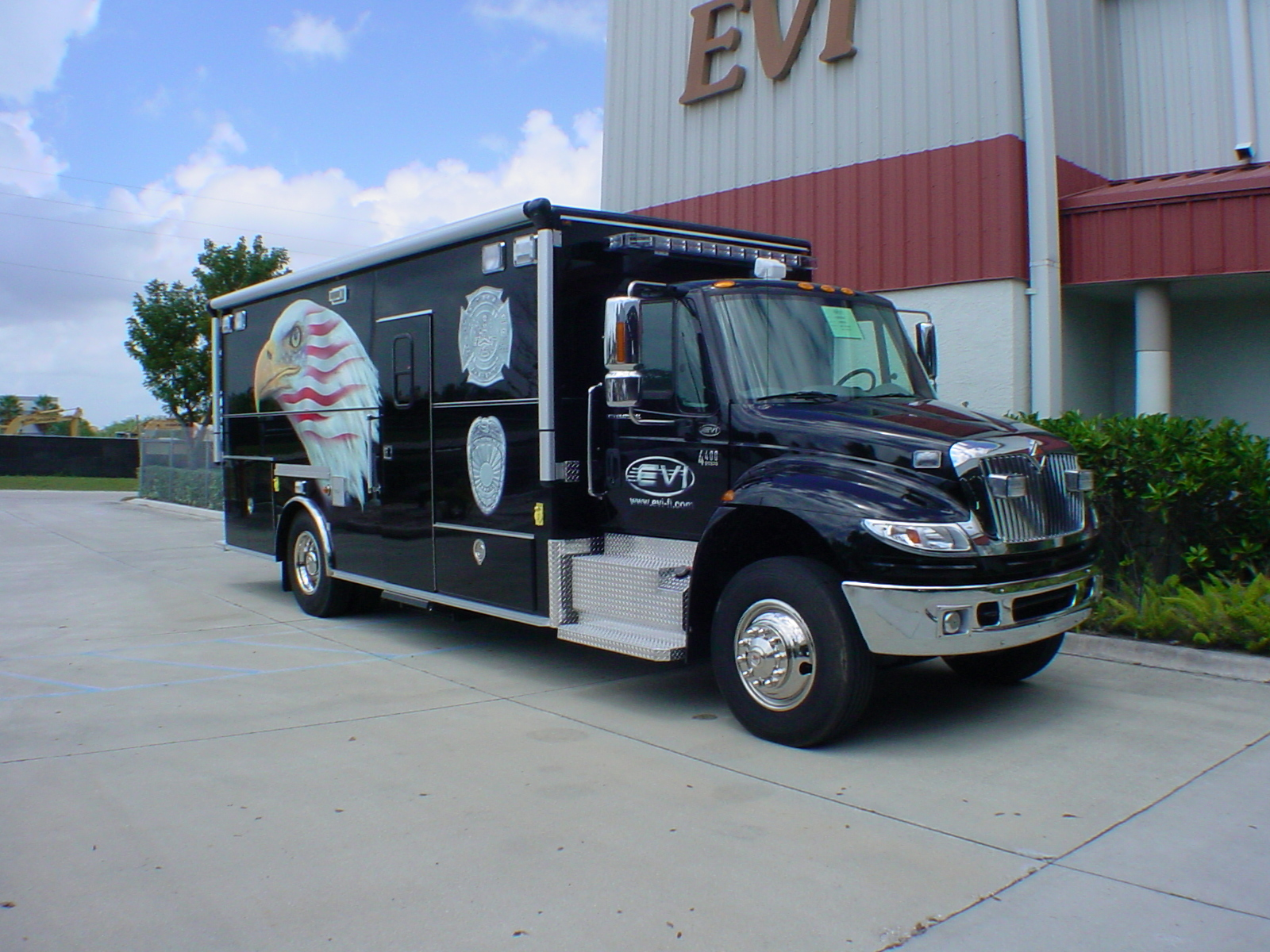 EVI 20-Ft. Law Enforcement Vehicle