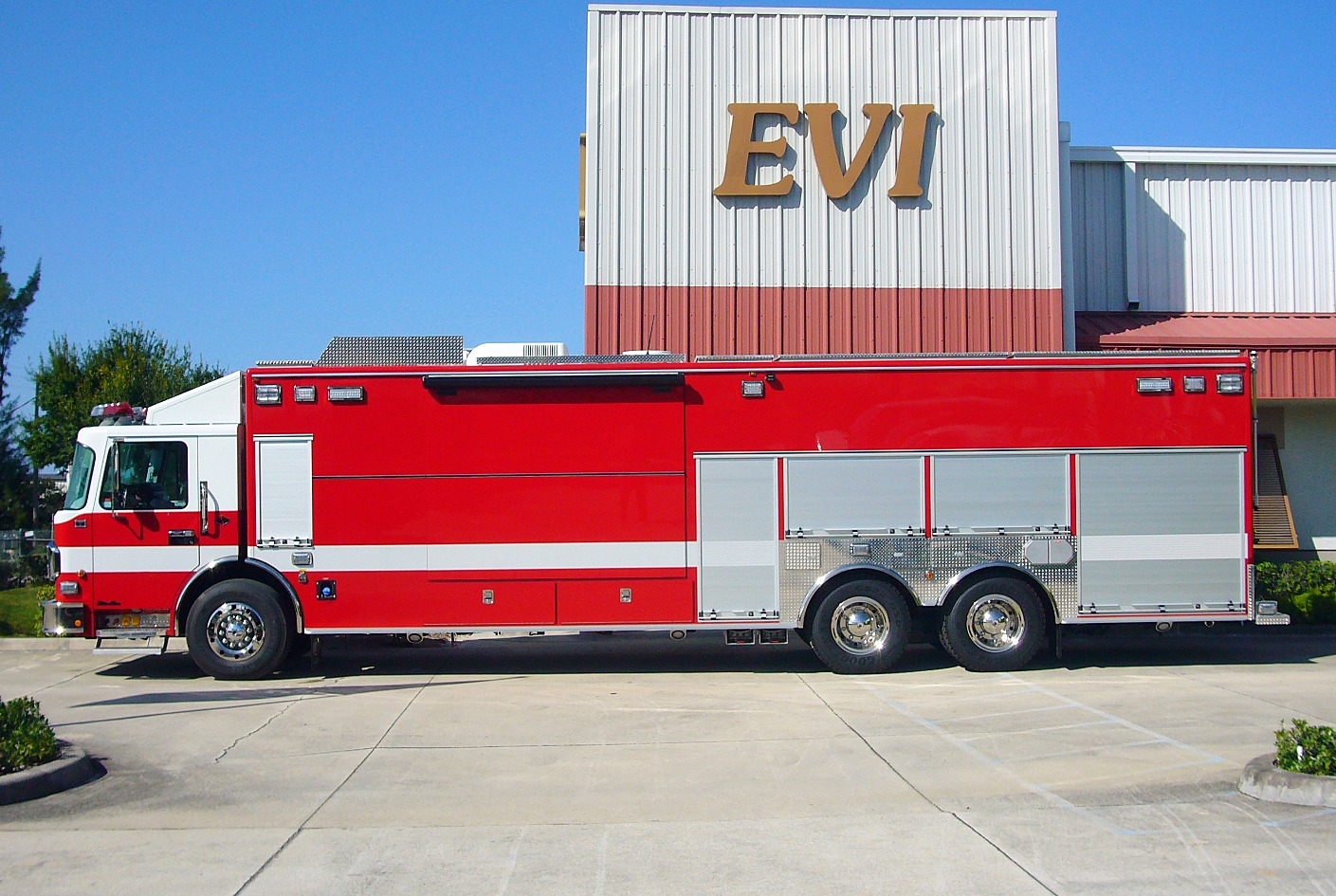 EVI 32-Ft Crew Body Haz-Mat Response