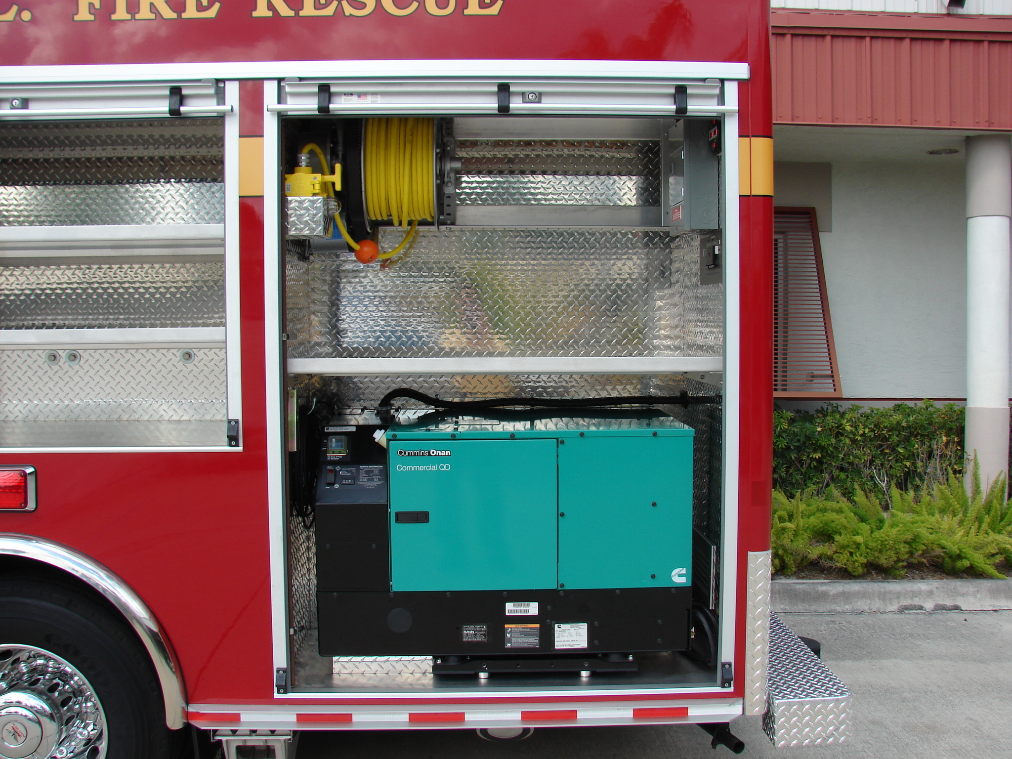 15-Ft. Walk-In Dive Rescue Vehicle