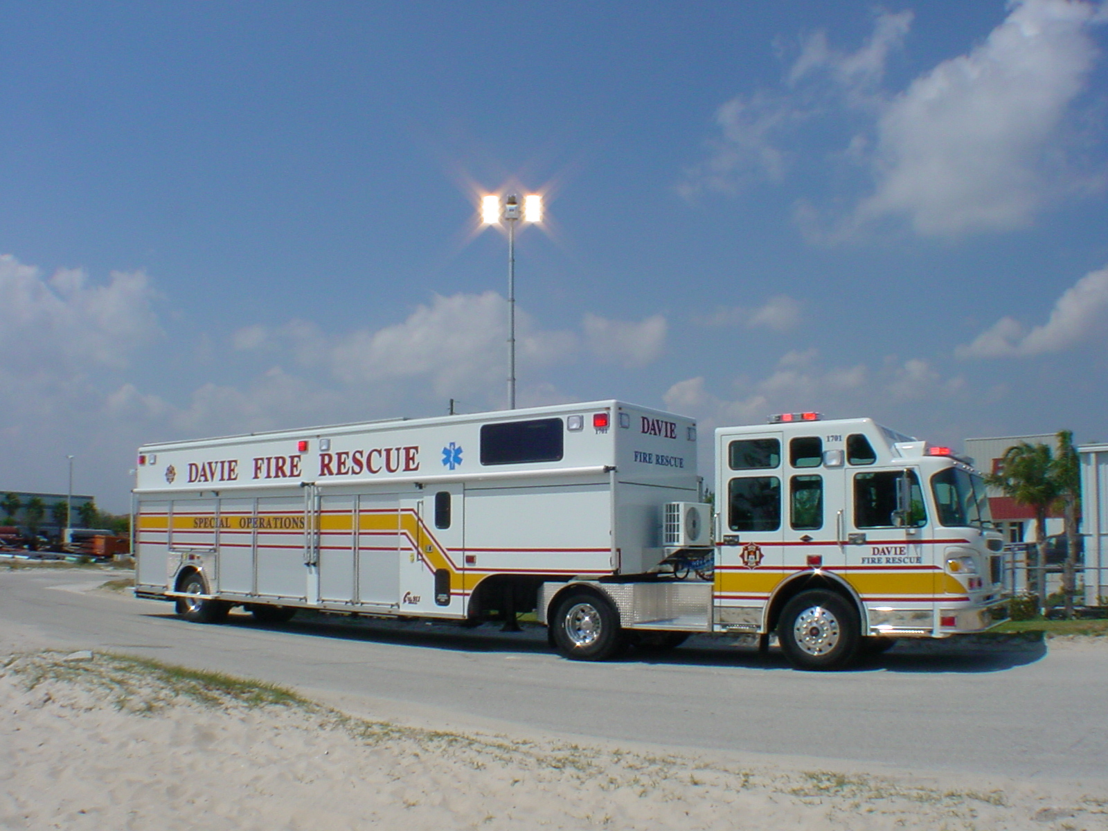 EVI 40-Ft. Battalion Command Vehicle