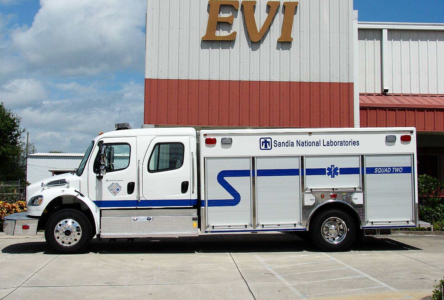 EVI 16-Ft Emergency Response Vehicle
