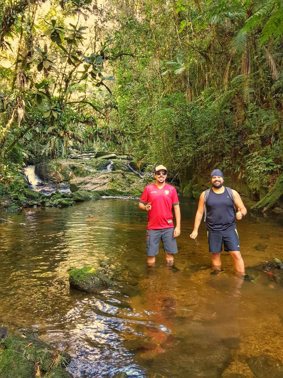 Trilha da CAchoeira das Pedras do Ribeiro Bonito