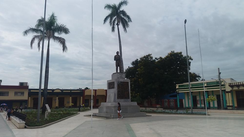 Praça central de Bayamo