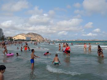 Alicante - a bela praia no Sul da Espanha