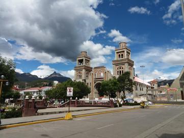 Saiba tudo sobre Huaraz, a cidade das montanhas.