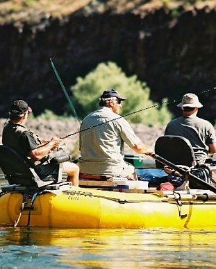Oregon fishing for smallmouth bass on the john day river