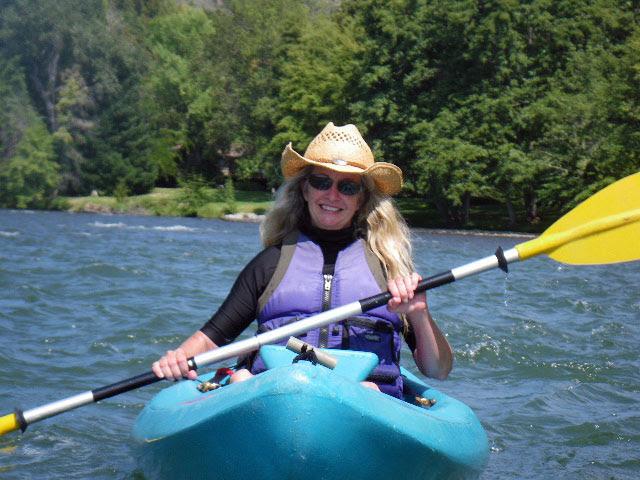 Kayaking the Rogue
