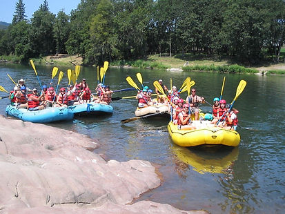 oregon rogue river whitewater rafting group trip