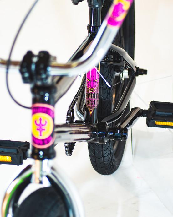 FRGTN-Aftermath-bikes-detail-damned-2047