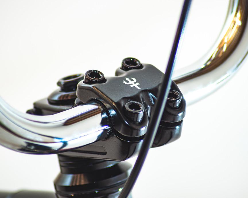 FRGTN-Aftermath-bikes-detail-damned-2031